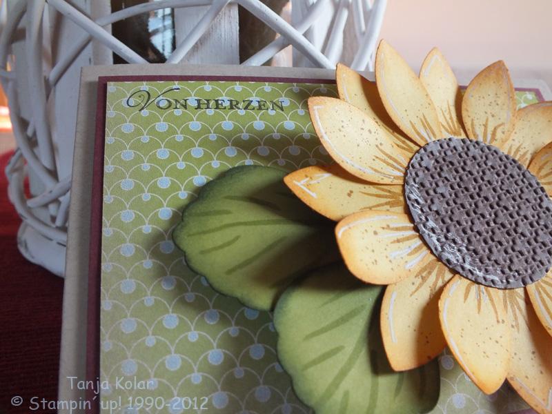 sonnenblumen mit papier selber gestalten kreativ mit tanja workshops kreativkurse und shop. Black Bedroom Furniture Sets. Home Design Ideas